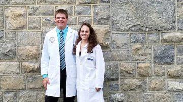 jeffery vigue and Catherine Pouliot vet students alum
